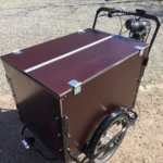 Electric cargo bike - With double lid