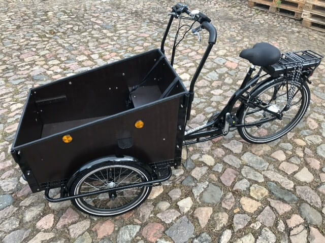 Electric cargo bike - Low box