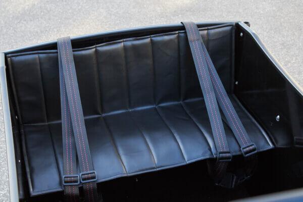 Pillow for cargo bench Amcargobikes